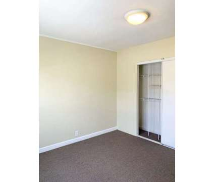 3Beds 1.5 Baths Upper Floor for Rent in San Francisco CA is a Home