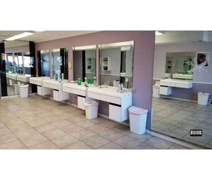 Sea Isle Beauty Salon Rental in Brooklyn NY is a Office Space