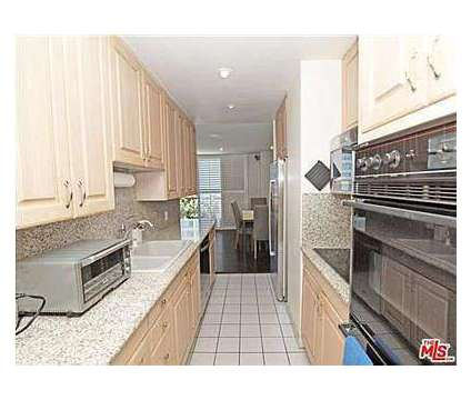 2 bedroom 2 bathroom apartment for rent at 10747 Wilshire Blvd in Los Angeles CA is a Condo