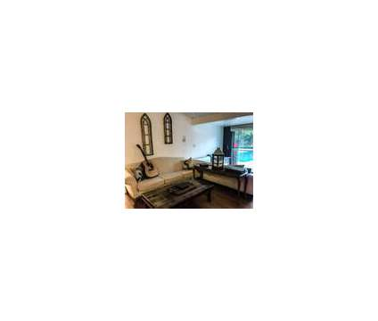 Creative Co-Living Community - Pool, Jacuzzi, Fireplace in Encino CA is a Condo