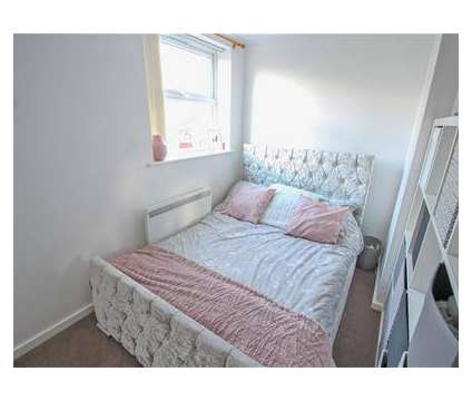 1 bed Apartment in Rugby WAR is a Flat