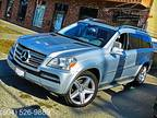 2011 Mercedes-Benz GL550 4MATIC ,LOADED,NEW SUSPENSION((ONE