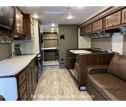 2019 Forest River Forester 3011DS is a 2019 Motorhome in Waldorf MD