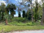7 Woodgate Court Ormond Beach, FL