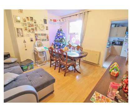2 bed House - Mid Terrace in Rugby WAR is a House