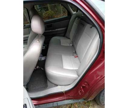 2005 Ford Taurus SE is a 2005 Ford Taurus SE Sedan in Walterboro SC