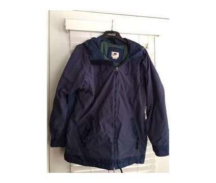 Men's NIKE Winter Jacket w/Hood is a Blue Coats, Parkas & Wind Breakers for Sale in Wescosville PA