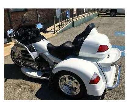 2013 Honda Gold Wing Gl1800 Trike is a 2013 Honda H Motorcycles Trike in Lincoln NE