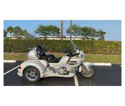 2009 Honda Gold Wing Trike is a 2009 Honda H Motorcycles Trike in Manchester WA