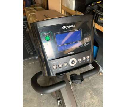 Life Fitness RS3 Recumbent Bike w/GO Console is a Exercise Equipment for Sale in Mount Pleasant SC