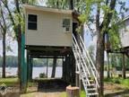 2 Cabin The Getaway Gladstone, IL