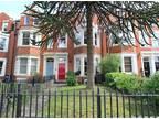 5 bedroom in Abington, Northampton East Midlands NN2