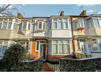 3 bed Mid Terraced House in Southend-on-Sea for rent
