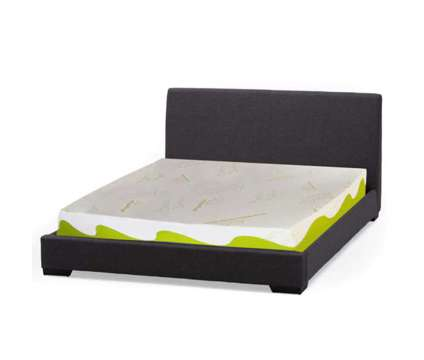 """(NEW) Bamboo Essence Memory Foam Mattress / 8.66"""" Thick / TWIN is a Beds for Sale in Toronto ON"""