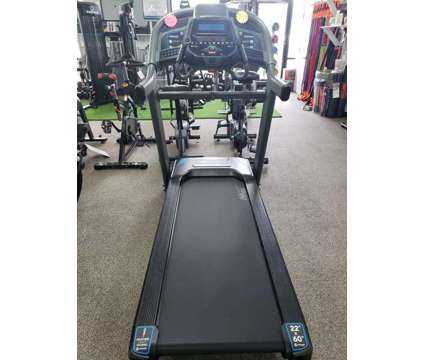 Horizon Fitness 7.4AT Folding Treadmill is a Treadmills for Sale in Mount Pleasant SC