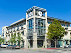 Palo Alto, Productive workspace for three that comes with