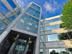 Deerfield, Book a fully serviced office for four