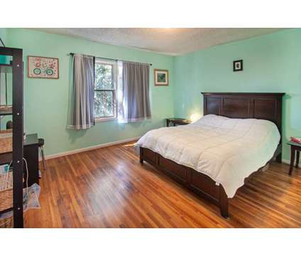 For Sale: 5319 Cahuenga Blvd A in North Hollywood at 5319 Cahuenga Blvd in Los Angeles CA is a Condo