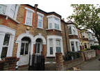 4 bed Mid Terraced House in Lewisham for rent
