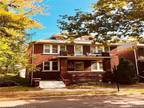 Flat For Rent In Grosse Pointe Park, Michigan