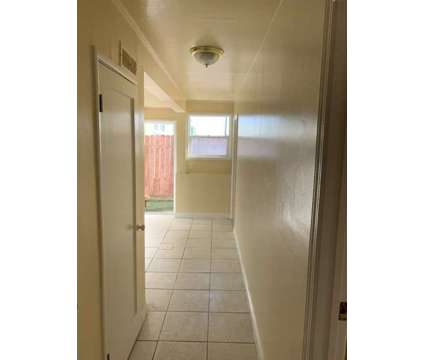 Newly Remodeled 2 bedroom 1 bathroom in law for rent in San Francisco CA is a Home