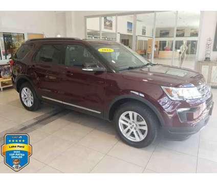 Used 2018 Ford Explorer 4WD is a Red 2018 Ford Explorer Car for Sale in Milwaukee WI
