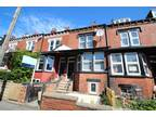 4 bed Mid Terraced House in Leeds for rent