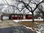 Three BR 2.5 BA 1,500 sqft house in Joliet, IL