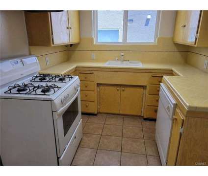 For Lease: 14701 Dickens St in Sherman Oaks at 14701 Dickens St in Los Angeles CA is a Apartment