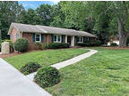 1930 Landover Dr Clemmons, NC