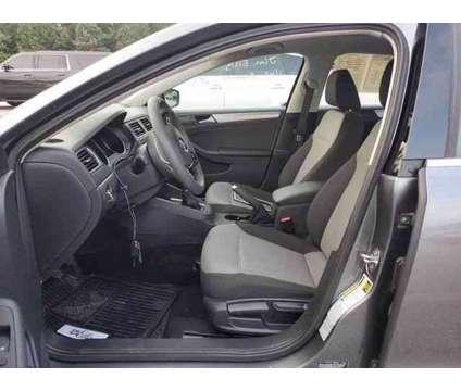 2017 Volkswagen Jetta for sale is a Grey 2017 Volkswagen Jetta 2.5 Trim Car for Sale in Duluth GA