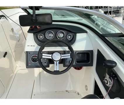 2014 Sea Ray 240 Sundeck w/ Mercruiser 5.0 MPI & tandem axle trailer is a 2014 Motor Boat in Columbia SC