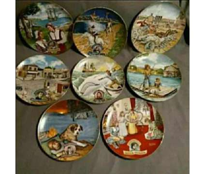 American Classics Movie Collectors Plate Set of 8 is a Collectibles for Sale in Arlington TX