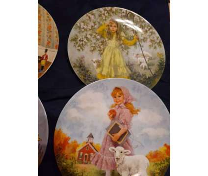 Mother Goose Series Plate Set is a Collectibles for Sale in Arlington TX