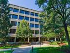 Schaumburg, Access a bright and inspiring office space