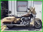 2014 Harley-Davidson Touring FLHR Road King - Custom Color