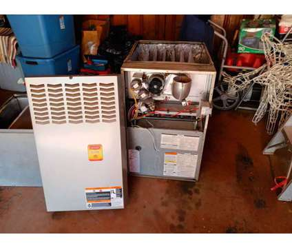 90% Efficient Gas Furnace is a Used Everything Else for Sale in Ferguson MO