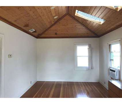 Sunny Duplex Unit at 3009 E 29th St in Oakland CA is a Apartment