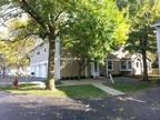 Condo For Rent In Palatine, Illinois