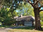 Home For Sale In Prairie Village, Kansas